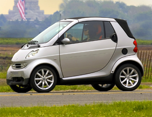 Smart Car Mercedes on Car Seat In Nissan Cube